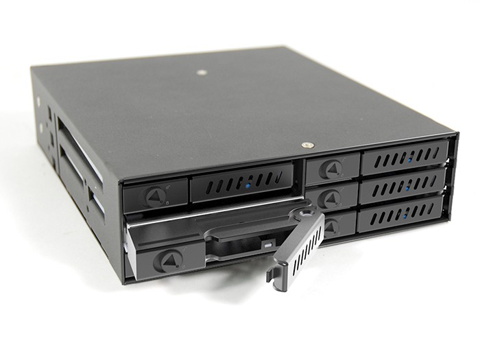 "Мобильное шасси Chieftec CMR-625 HotSwap 6x2.5"" HDD/SSD in 5.25"""